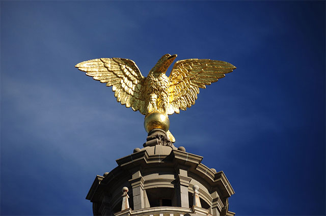 Eagle on Miss. Capitol undergoes restoration